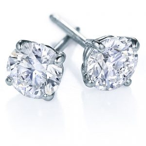 A Guide To Buying Diamond Stud Earrings