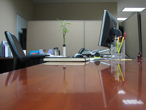 Choosing The Right Office Furniture For Your Work Place