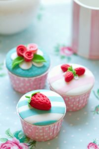 Can You Create The Perfect Cake In A Cup?
