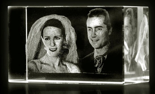 Ideas For Wedding Gifts Using 3D Engraving