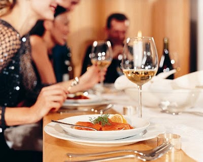 A Different Social Networking Experience via Home Dining