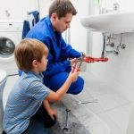 4 Tips To Choosing A Reliable Plumber