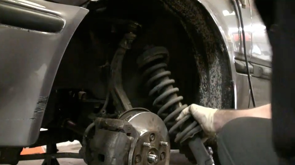 Struts: What They Are and When They Need To Be Replaced