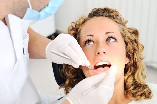 When To Consult Emergency Dental Care?