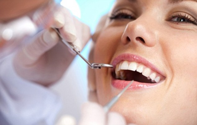 Get Beautiful Smile Back With LA Teeth Whitening In Tamworth