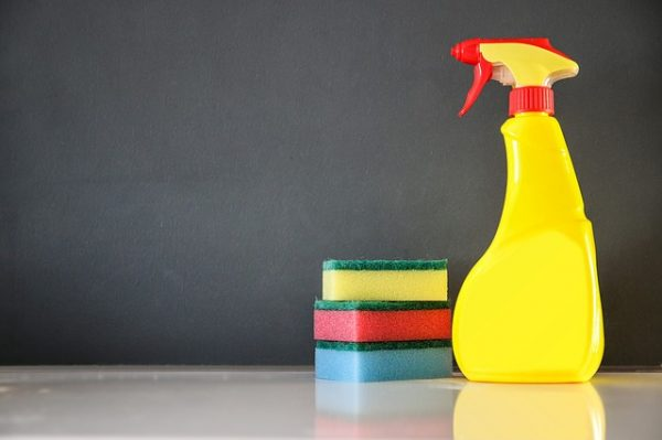 6 Smart Cleaning Tricks That Will Totally Change The Way You Deep Clean Your Bathroom