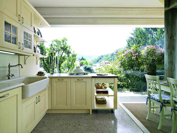 The Green Kitchen: Tips For Going More Natural