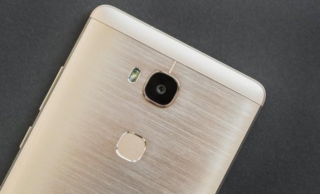 Huawei Honor 5x Vs Samsung Galaxy J7 Specs And Comparison