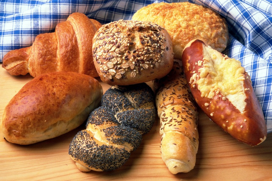 To Bread or Not To Bread: Finding Middle Ground In A Post-Fad World