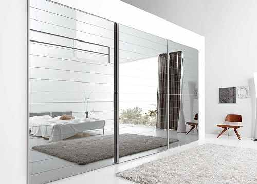 The 4 Best Rooms For Floor To Ceiling Mirrors
