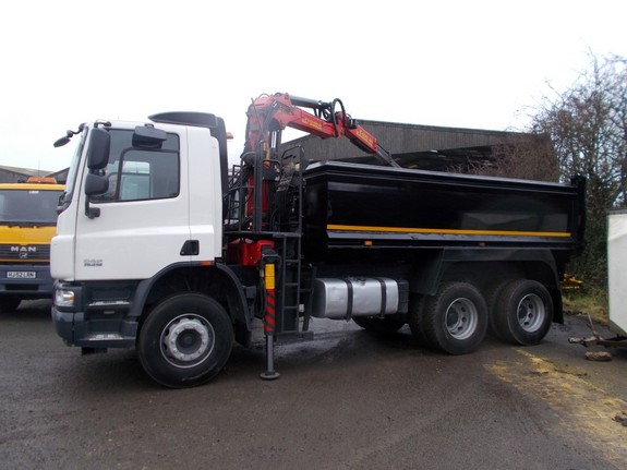 What To Consider When Hiring Skips To Remove Waste Materials?