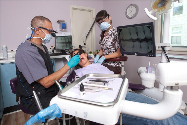Services And Benefits Of Implant Dentist Berkshire- An Overview
