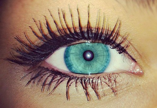 4 Things You Should Know About Eyelash Extensions