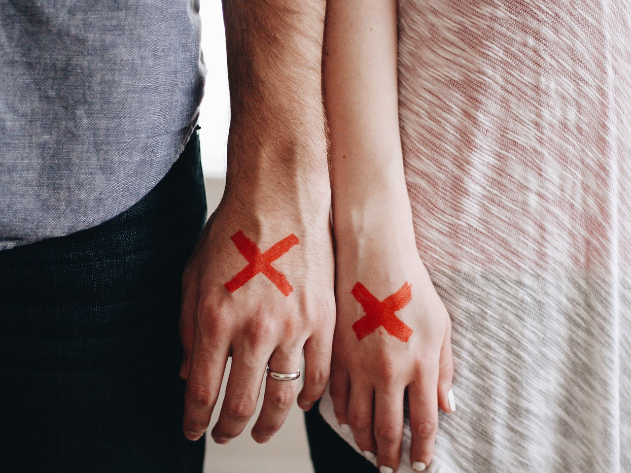 Nasty Divorce? 4 Things to Consider Before Hiring a Lawyer