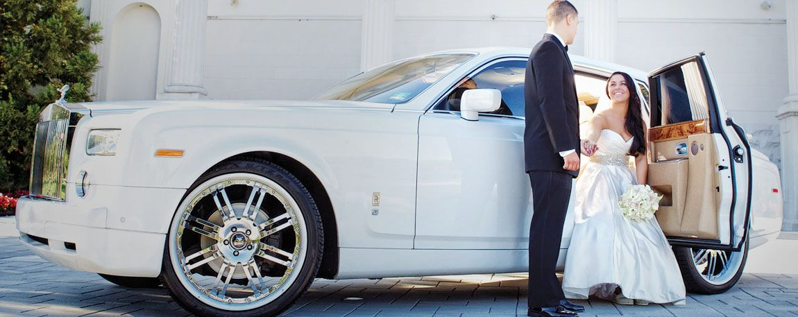 5 Reasons To Choose A Chauffeur Service For Your Wedding Day