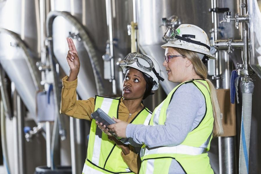 How Production Plant Managers Can Make Their Workplace Safer For Employees