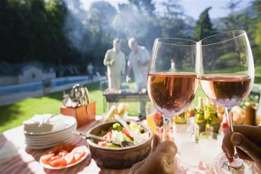 The Go To Guide To Pairing Wine BBQ Food