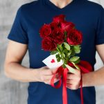 Tips To Gifting Flowers To Your Ladylove On The Occasion Of Valentine's Day