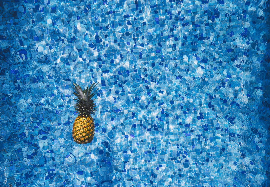 Summer Time: 4 Essentials To Throwing The Best Pool Party
