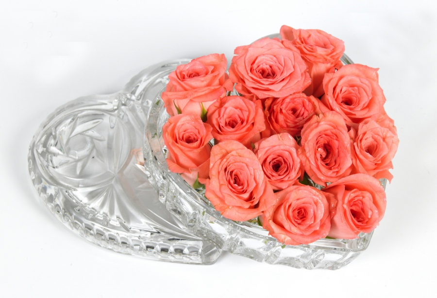 Celebrate A Birthday Functions Using Attractive Flowers