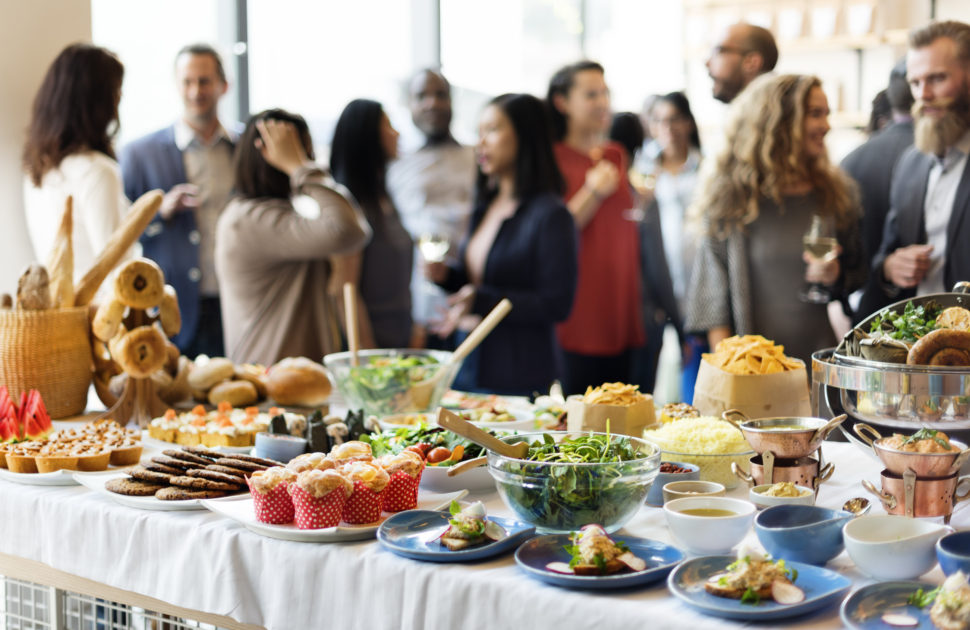 5 Easy Ways To Plan The Food For Holiday Office Party